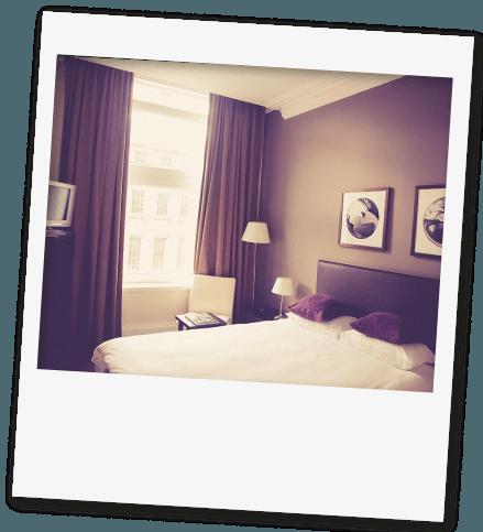 hotel-polaroid